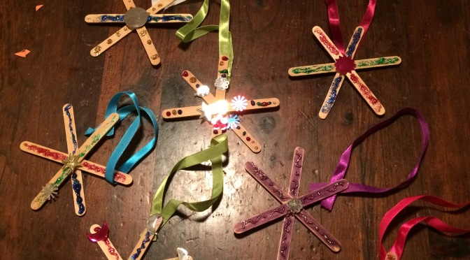 Popsicle snowflake crafts