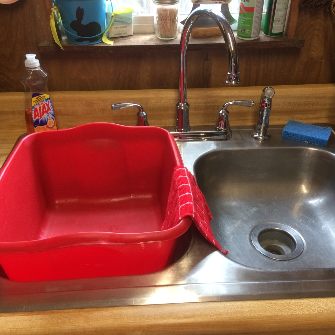 Keeper of The Home: Cleaning Your Stainless Steel Sink
