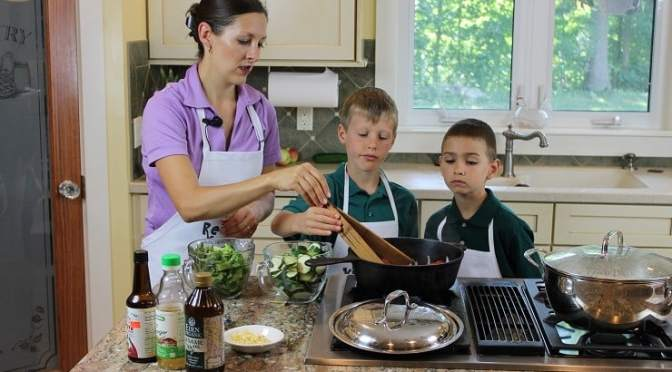 Cyber Monday Deal: Kids Cook Real Food eCourse 11/27-11/29