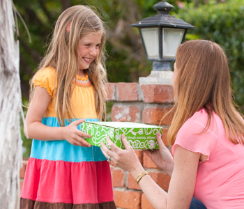 Celebrate Earth Month With Green Kid Crafts!